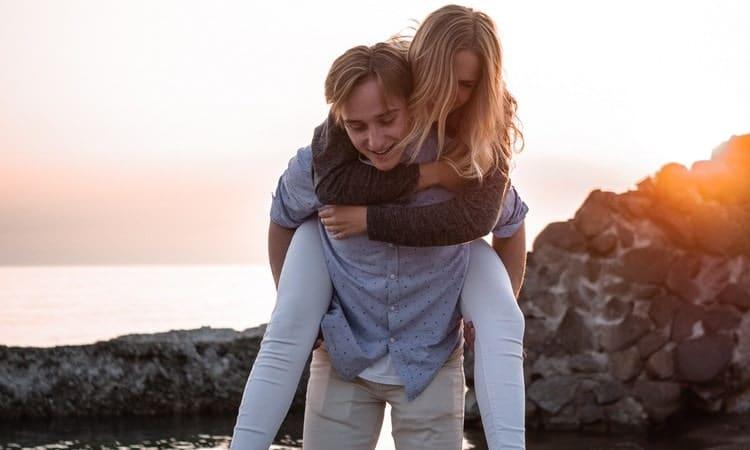 Говоря об интиме, важно понимать, что без эмоциональной близости он вашей жене не очень-то и интересен.