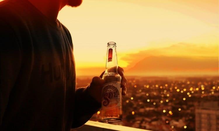 Даже не думайте топить горе после разрыва в бутылке.